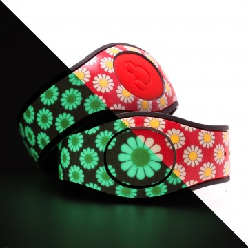 Glow in the Dark Daisy (Red) MagicBand 2 Skin