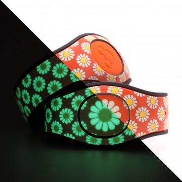 Glow in the Dark Daisy (Orange) MagicBand 2 Skin