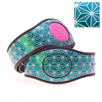 Abstract Triangles in White on Turquoise Glitter MagicBand 2 Skin