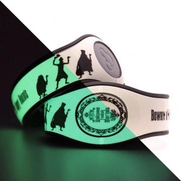 Glow in the Dark Hitchhiking Ghosts MagicBand 2 Skin