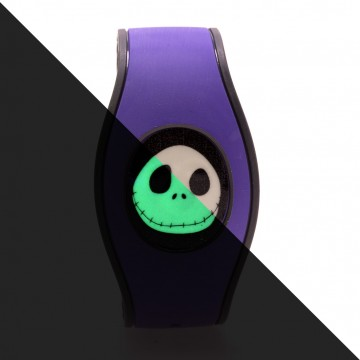 These icon disks feature Jack Skellington's face in a glow in the dark design!