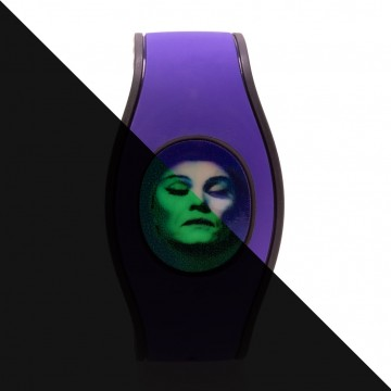 Glow in the Dark Haunted Bride Icon Disk