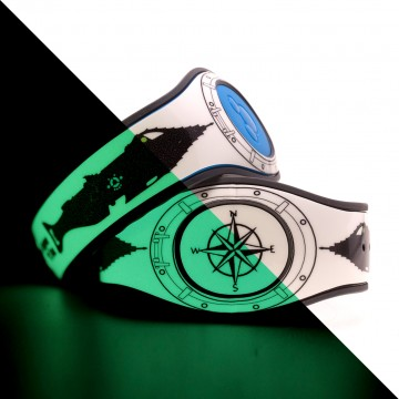 This Glow In The Dark MagicBand 2 Skin features the Nautilus from 20,000 Leagues Under the Sea!