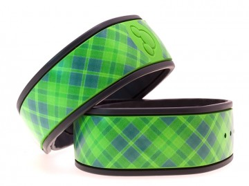 """Apple"" Plaid MagicBand Skin"